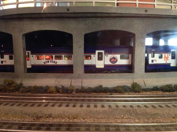 NYMets train