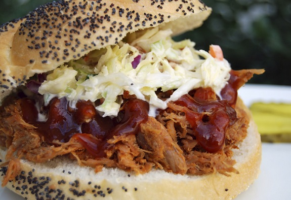 Pulled Pork Sandwich, bar food, yummy, recipe, sandwich, pulled pork,