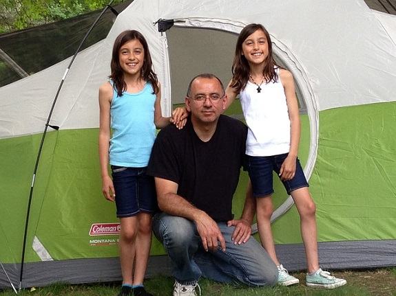 family, camping, tips, tent, caravan, RV, planning, grill, sleeping bags