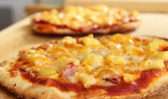 easy, Foodie, ham, Mangia, pineapple, pizza, Recipe