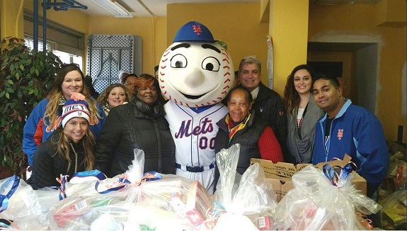 Mets, NY Mets, Thanksgiving, holidays, MetsGiving, Turkey Giveaway