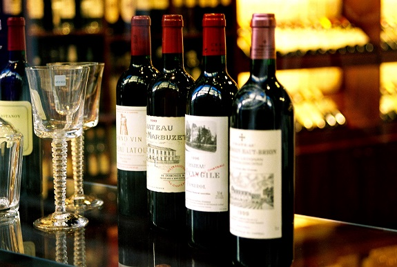 wine, wines, tanning, swirl, guide to, tastings, red wines, white wines, wine body