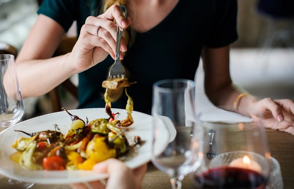 food, foodie, wine, alcohol, drinks, dinner party, flavors, food and drink