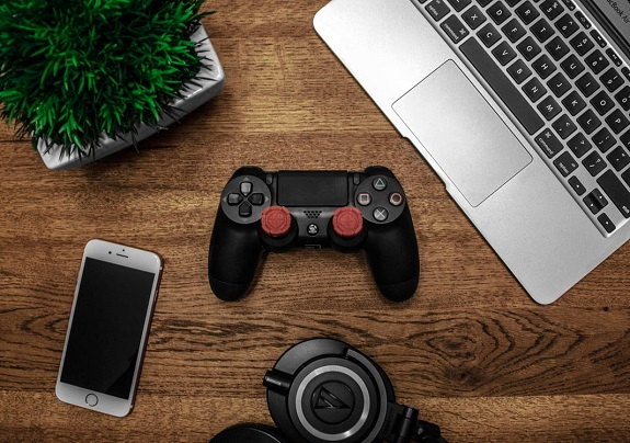 gadgets, geek, tech, for him, gifts, gifts for him