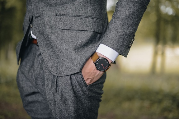 Professionalism can be one of the hardest looks for a guy to pull off. It's a look that takes a lot of regular maintenance and can be a little over-egged to become too formal. One of the things that can really help you cement the spirit of an outfit, however, is the choice of accessories that goes with it. Here, we'll look at five accessories that every professional man should wear and why you should choose them.