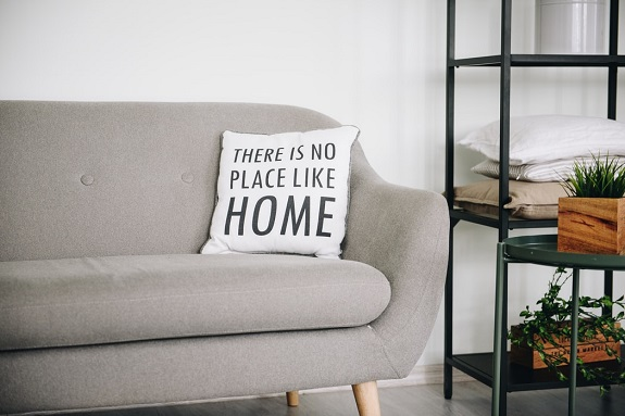 Lockdown has left a lot of us feeling very bored at home. There's only so much TV we can watch, and if you live alone, it can be even harder to find entertainment that will keep you busy on your own. If you're struggling to find ways to entertain yourself alone, try some of these ideas.