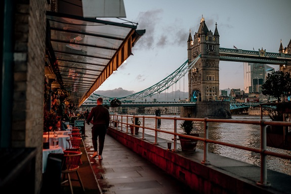 London is one of the most popular cities in the world. Over 30 million people visit the city every year and since it's definitely not for the weather, then it has to have some other compelling reasons that people love it so much. If you're wondering whether or not to spend your hard-earned vacation time, here are six reasons to convince you.