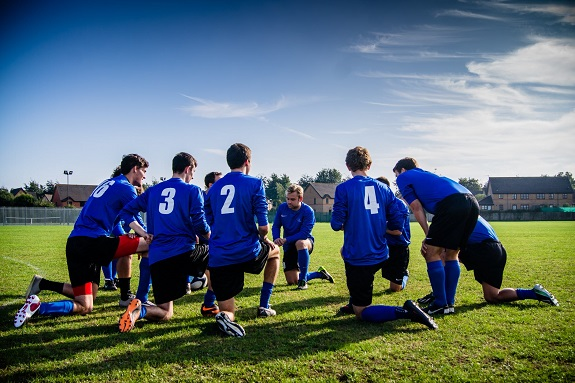 sporting activities in your early life. Research shows that there is a connection between academic performance and physical activity. Studies also show that athletes are more likely to perform better in school than those who did not participate in sports.