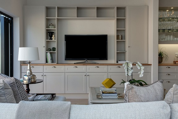 Whether it is because you have found that special someone or you are ready to give your home a bit more sophistication and class, there comes a time when you may have to say goodbye to the bachelor pad. This doesn't have to be a bad thing! Maybe you have grown past it and want to upgrade your home into something that seems more you! And here are some tips on how to do that.