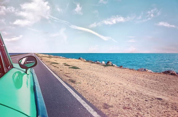 The best road trips are the ones you plan. However, with so many different factors to consider, it may seem challenging to get started. So we've compiled six tips for planning the perfect road trip with friends that will help you prepare for your upcoming adventure!
